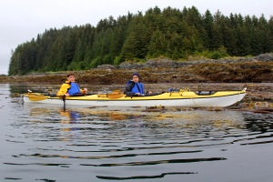 Sea kayaking tour in Gustavus Alaska